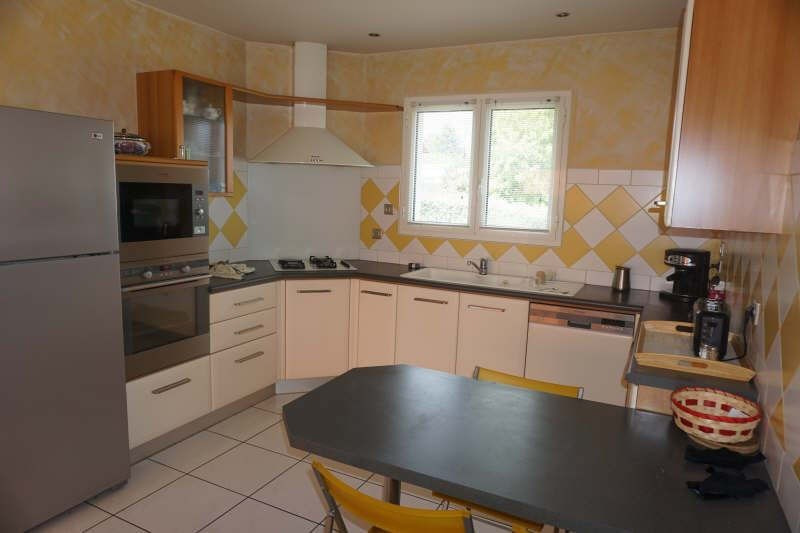 Sale house / villa St andre de cubzac 380000€ - Picture 3