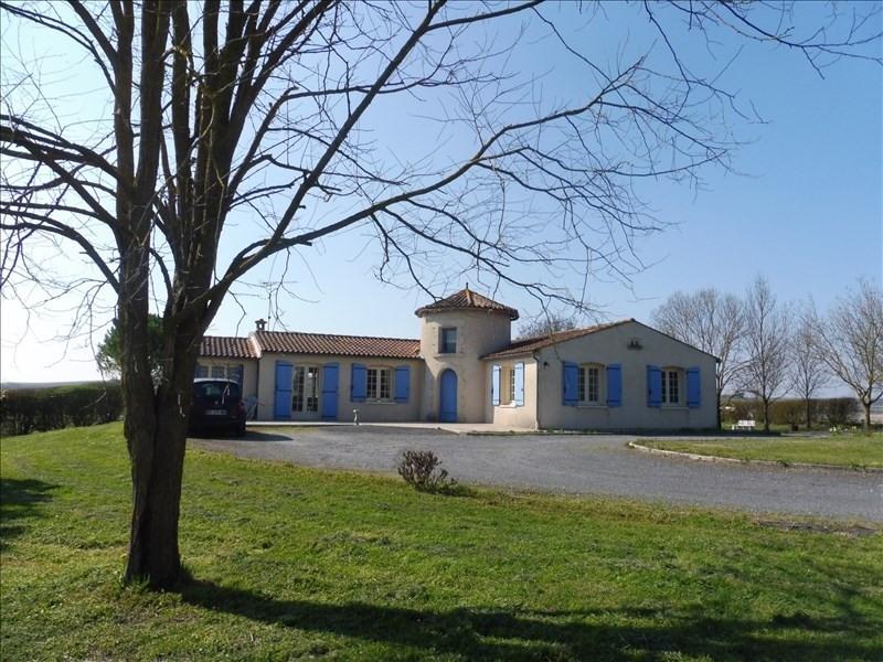 Sale house / villa Sud cognac 235400€ - Picture 1