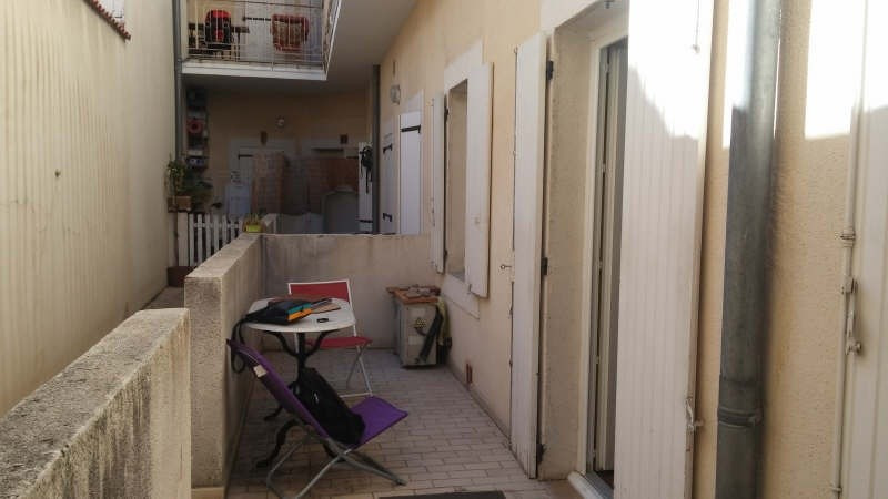 Location appartement Nimes 490€ CC - Photo 1