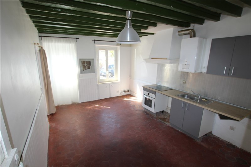 Location maison / villa La queue en brie 990€ CC - Photo 2
