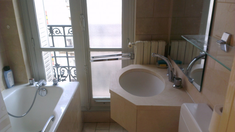 Rental apartment Paris 17ème 1 200€ CC - Picture 5