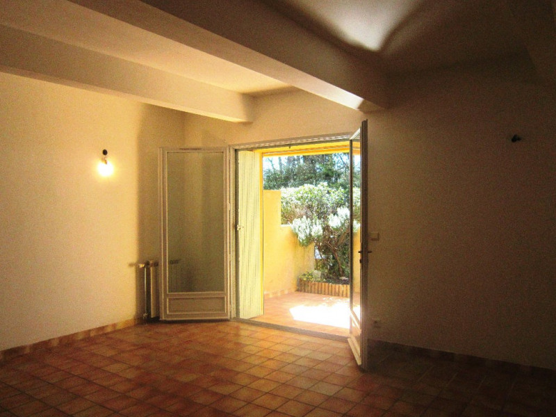 Alquiler  apartamento Lambesc 740€ CC - Fotografía 5