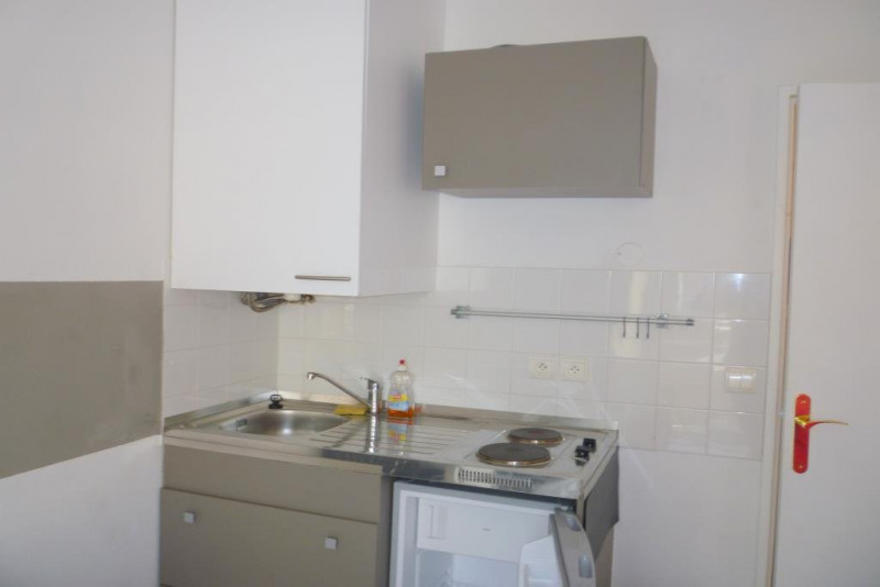 Location appartement Nice 550€ CC - Photo 4