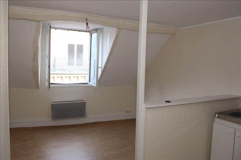 Location appartement Rouen 340€ CC - Photo 2