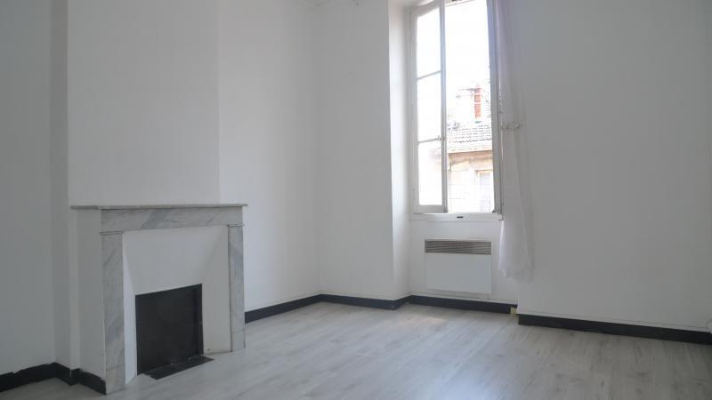 Location appartement Marseille 3ème 680€ CC - Photo 1