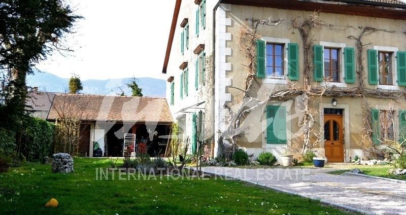 Deluxe sale house / villa Divonne les bains 1295000€ - Picture 1