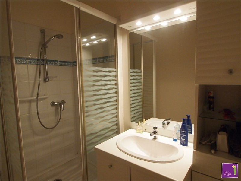 Verkoop  appartement Uzes 262000€ - Foto 6