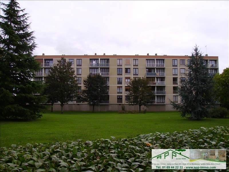 Rental apartment Athis mons 949€ CC - Picture 1