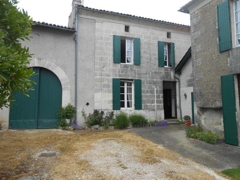 Sale house / villa Montlieu la garde 214000€ - Picture 1