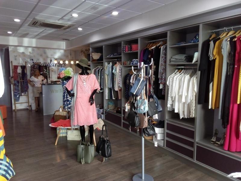 Vente fonds de commerce boutique St pierre 39000€ - Photo 1