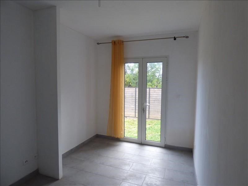 Location maison / villa Ravine des cabris 1 100€ CC - Photo 4