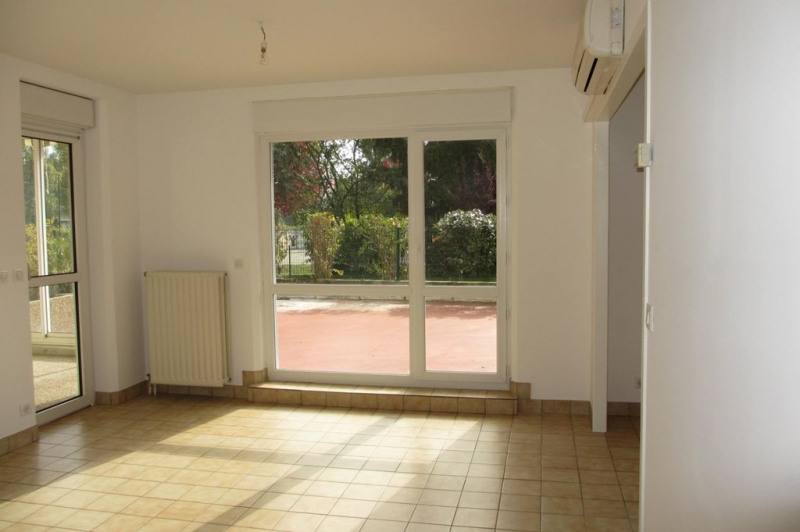 Location appartement Annecy 827€ CC - Photo 3