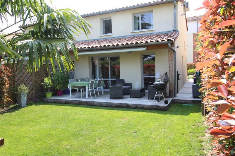 Sale house / villa Escalquens 266000€ - Picture 1
