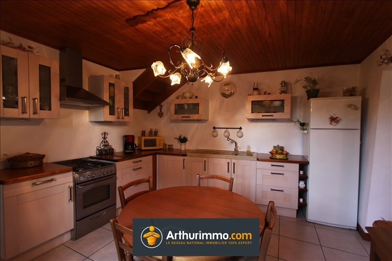 Sale house / villa Morestel 159 000€ - Picture 5