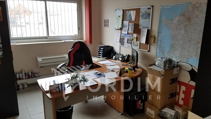 Location local commercial Auxerre 2179€ HC - Photo 7