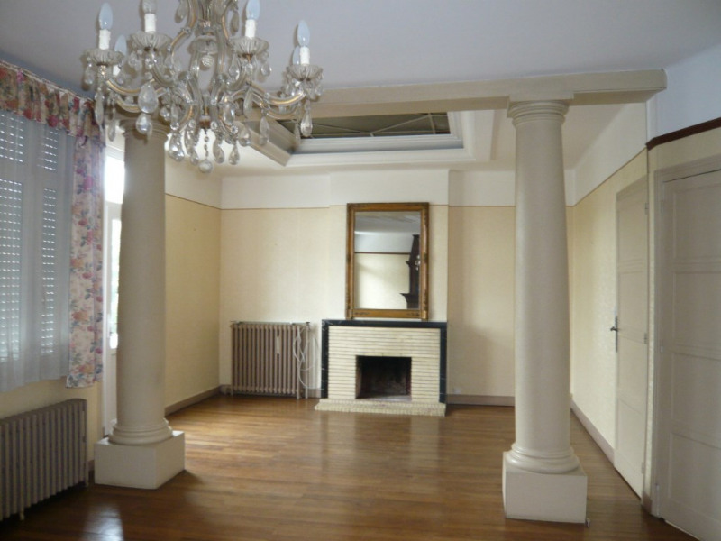 Rental apartment Meslay du maine 358€ CC - Picture 3