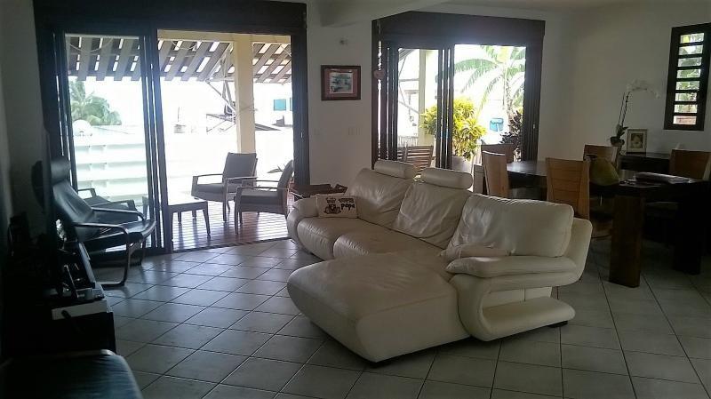 Vente maison / villa Saint paul 370000€ - Photo 3