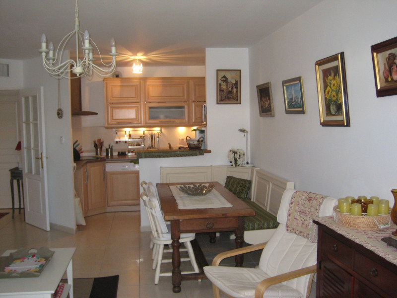 Location vacances appartement Cavalaire sur mer 520€ - Photo 3
