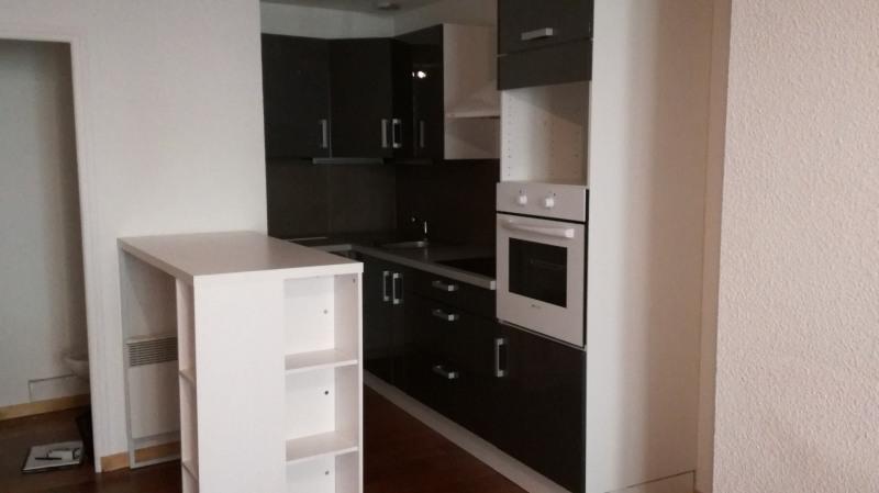 Sale apartment Le puy en velay 84000€ - Picture 2