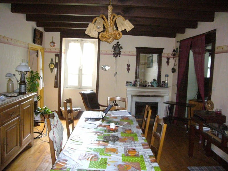 Sale house / villa Champeaux 127900€ - Picture 2