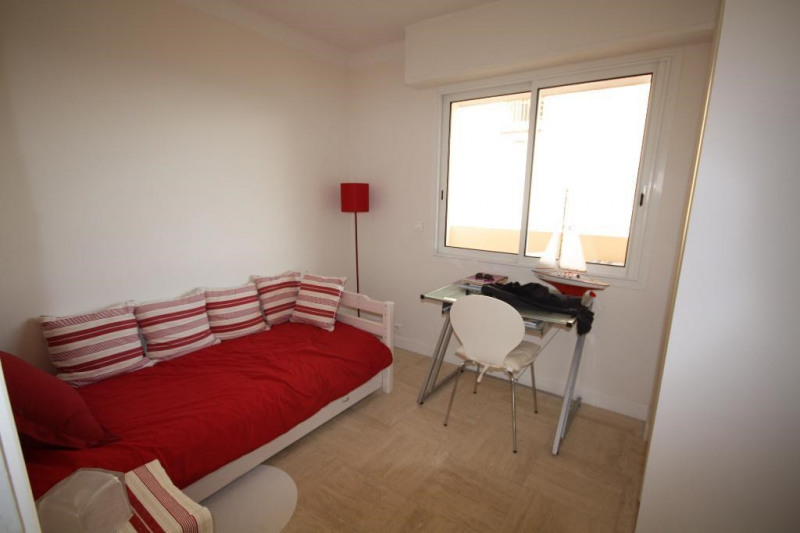 Rental apartment Juan les pins 1 750€ CC - Picture 5