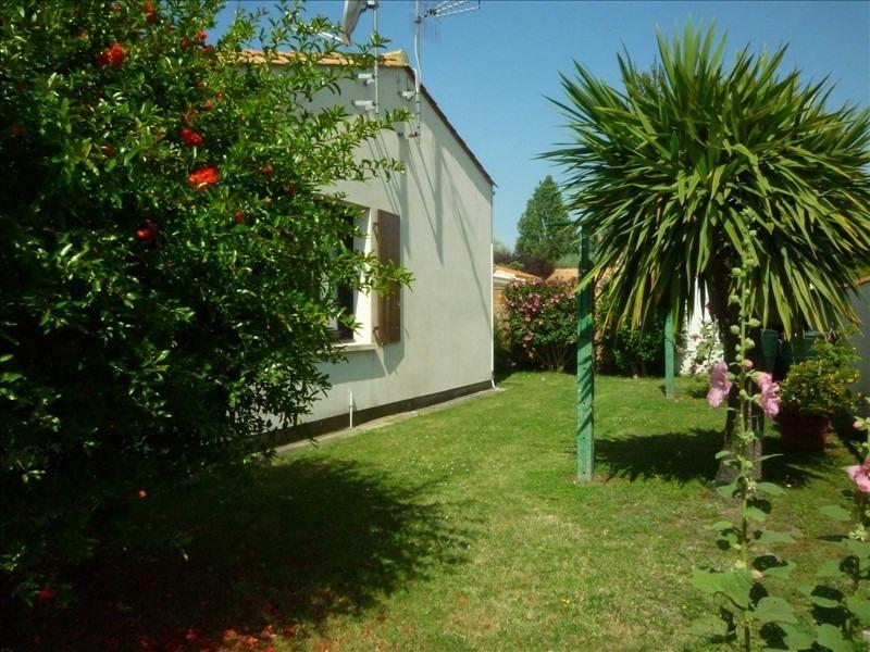 Vente maison / villa La bree les bains 298400€ - Photo 4