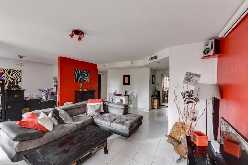 Sale apartment Decines charpieu 169000€ - Picture 2