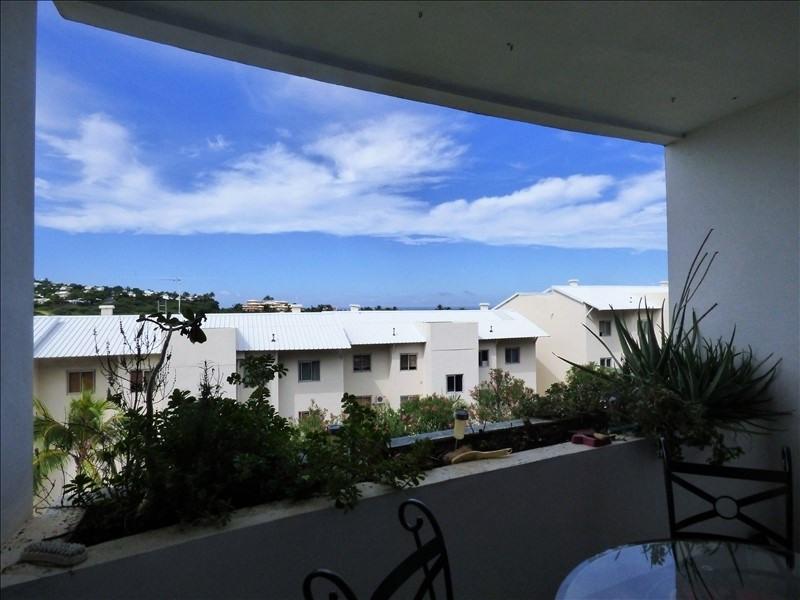 Rental apartment St gilles les bains 690€ CC - Picture 1