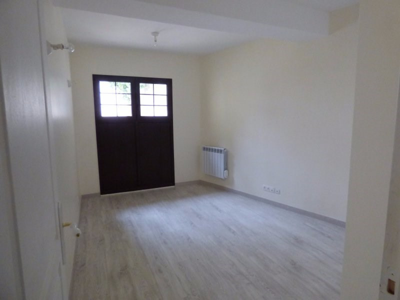 Rental apartment Pontoise 1 100€ CC - Picture 3