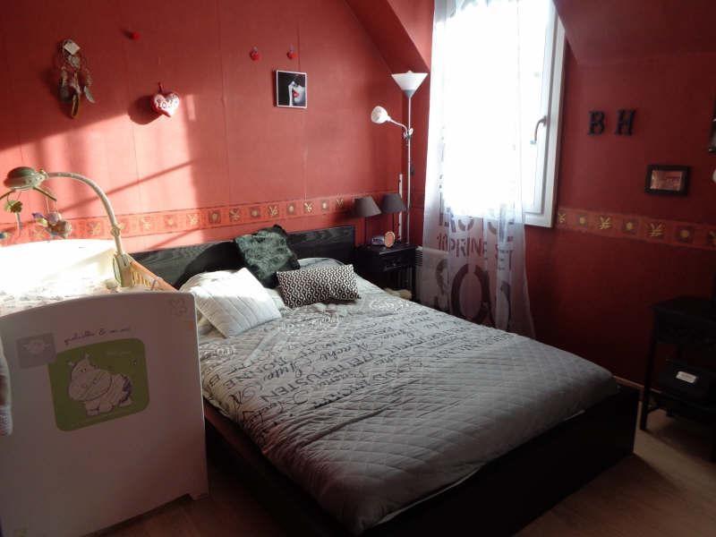 Sale house / villa Lesigny 380000€ - Picture 10