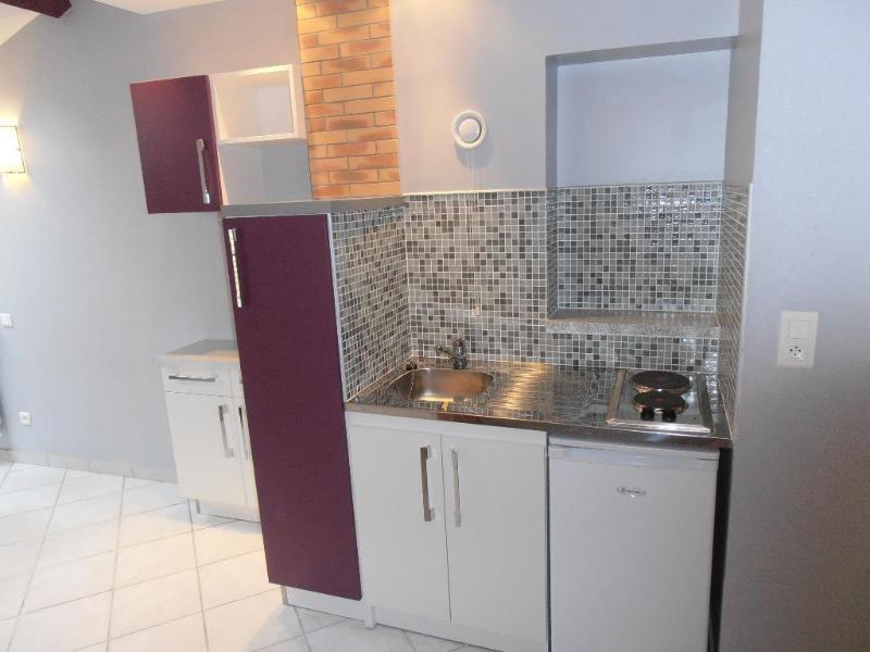 Rental apartment Nantua 344€ CC - Picture 2