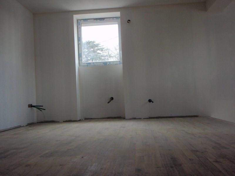 Sale house / villa Anneyron 180000€ - Picture 10