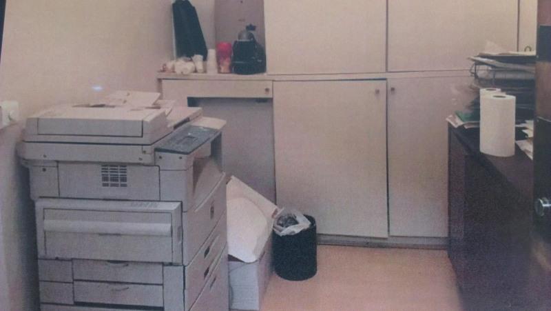 Rental office Paris 8ème 1615€ +CH/ HT - Picture 2