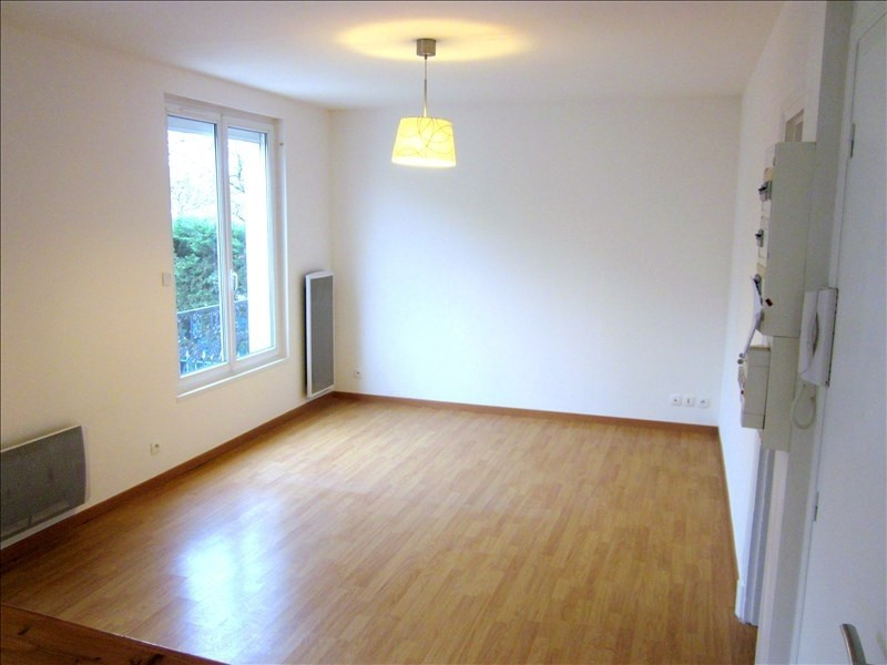 Rental apartment Le raincy 807€ CC - Picture 2