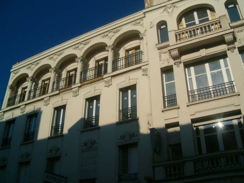 Location appartement Auxerre 740€ CC - Photo 1