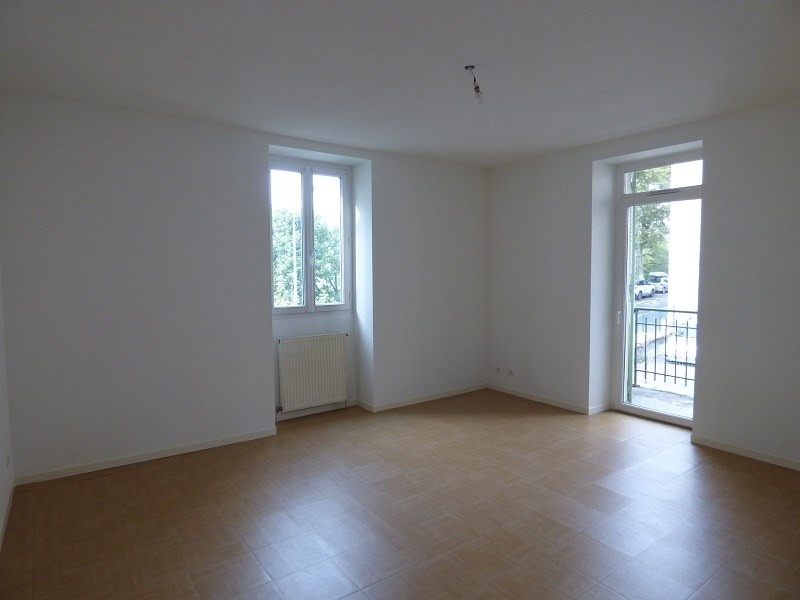 Location appartement Chambery 550€ CC - Photo 1