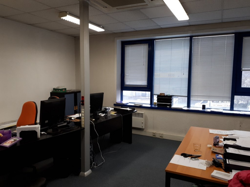 Rental office Seynod 843€ CC - Picture 3
