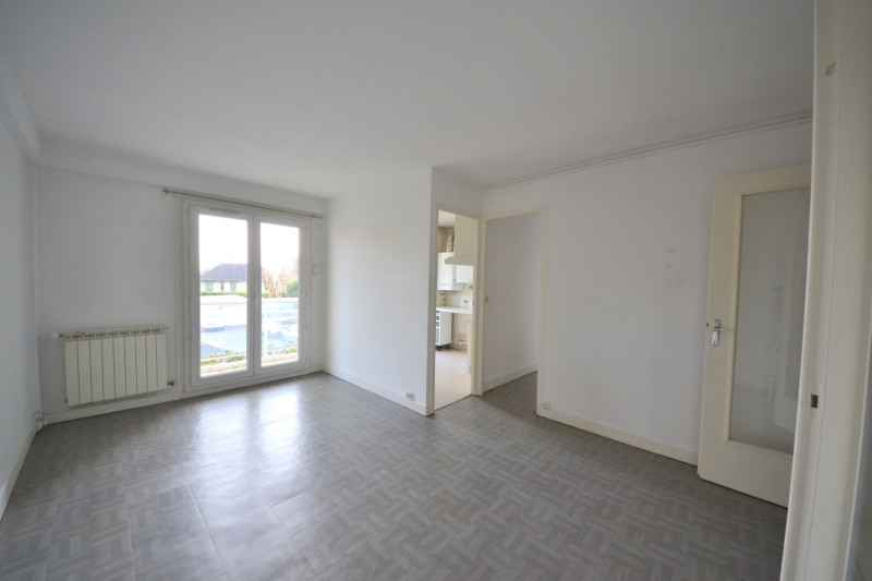 Sale apartment Suresnes 295000€ - Picture 1