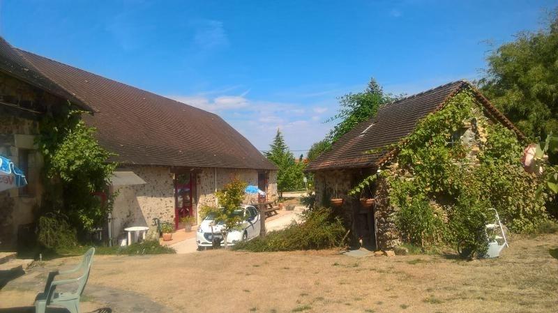 Vente de prestige maison / villa La coquille 682000€ - Photo 1