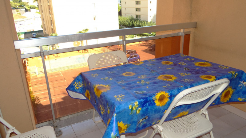 Vacation rental apartment Cavalaire 400€ - Picture 2