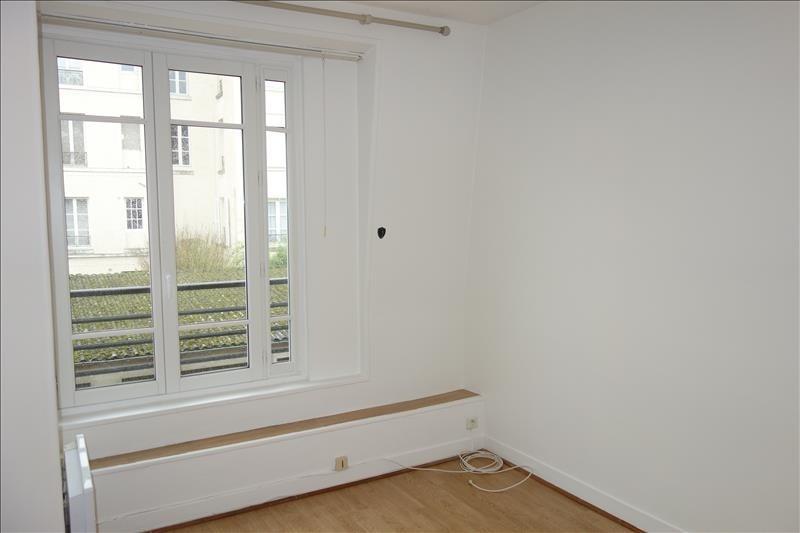 Sale apartment Versailles 182000€ - Picture 1
