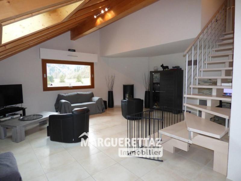 Sale apartment Mieussy 368000€ - Picture 2