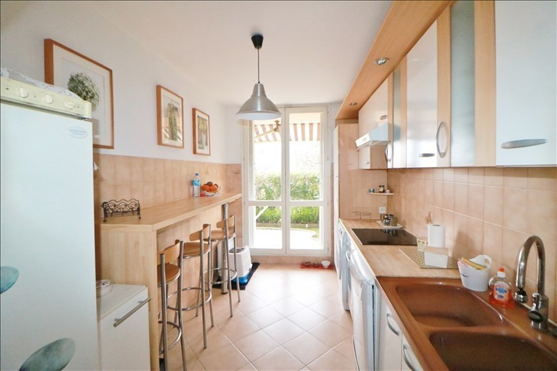Sale apartment Nice 230000€ - Picture 2