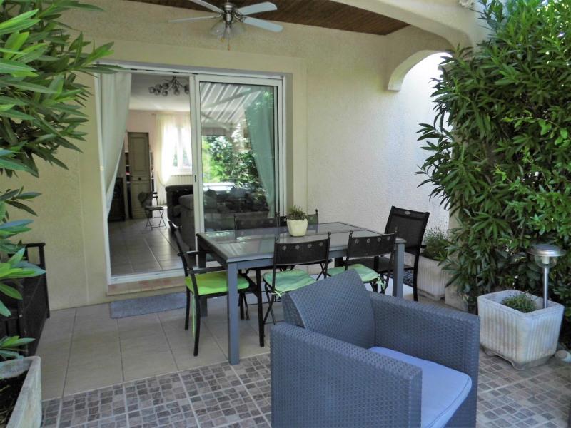 Sale house / villa Entraigues sur la sorgue 215000€ - Picture 1