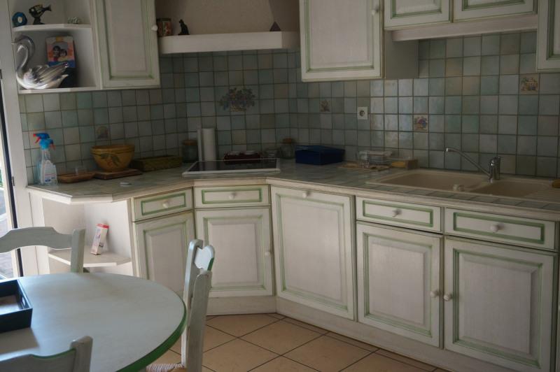 Vente appartement magnifique appartement 85m le peage de roussillon is re ce - Tres belle cuisine equipee ...