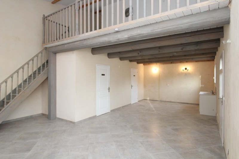 Rental house / villa St chamas 890€ CC - Picture 2