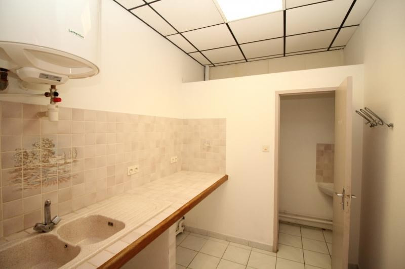Rental empty room/storage Salon de provence 520€ HT/HC - Picture 6
