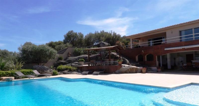Deluxe sale house / villa Sainte lucie de porto vecchi 1750000€ - Picture 1