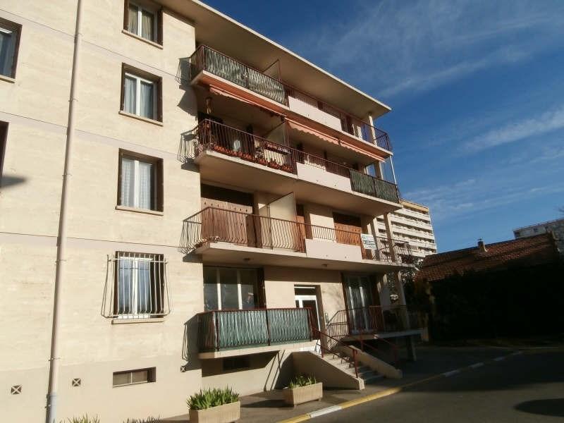 Location appartement Salon de provence 592€ CC - Photo 2