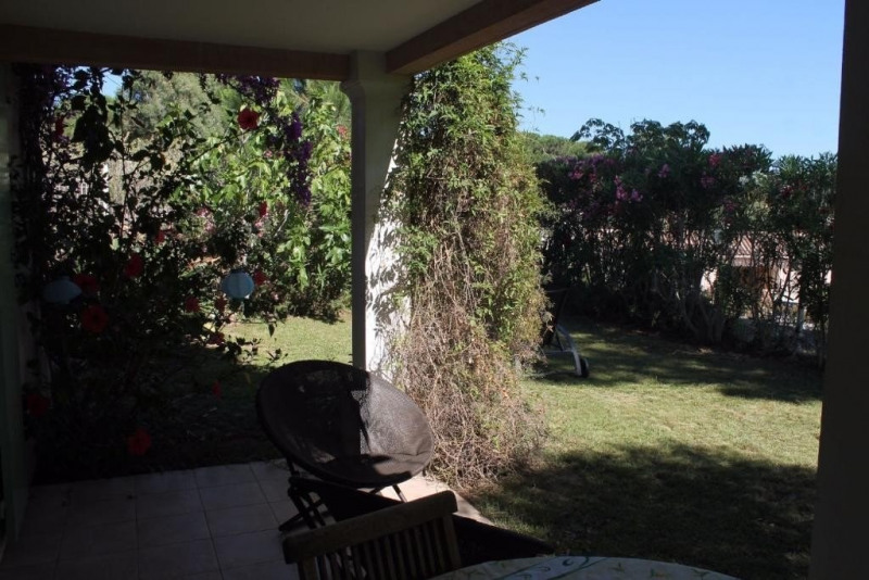 Sale apartment Ste maxime 369000€ - Picture 2